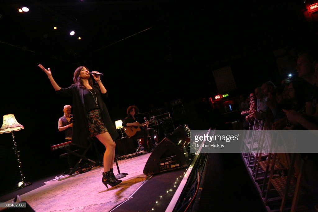 DUBLIN, IRELAND - MAY 15:  Natalie Imbruglia Performs At Vicar Street on May 15, 2017 in Dublin, Ireland.  (Photo by Debbie Hickey/Getty Images)
